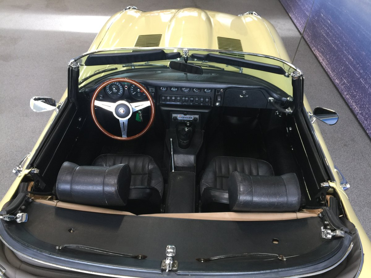 1969 Jaguar E-Type 4.2 Roadster For Sale (picture 4 of 6)