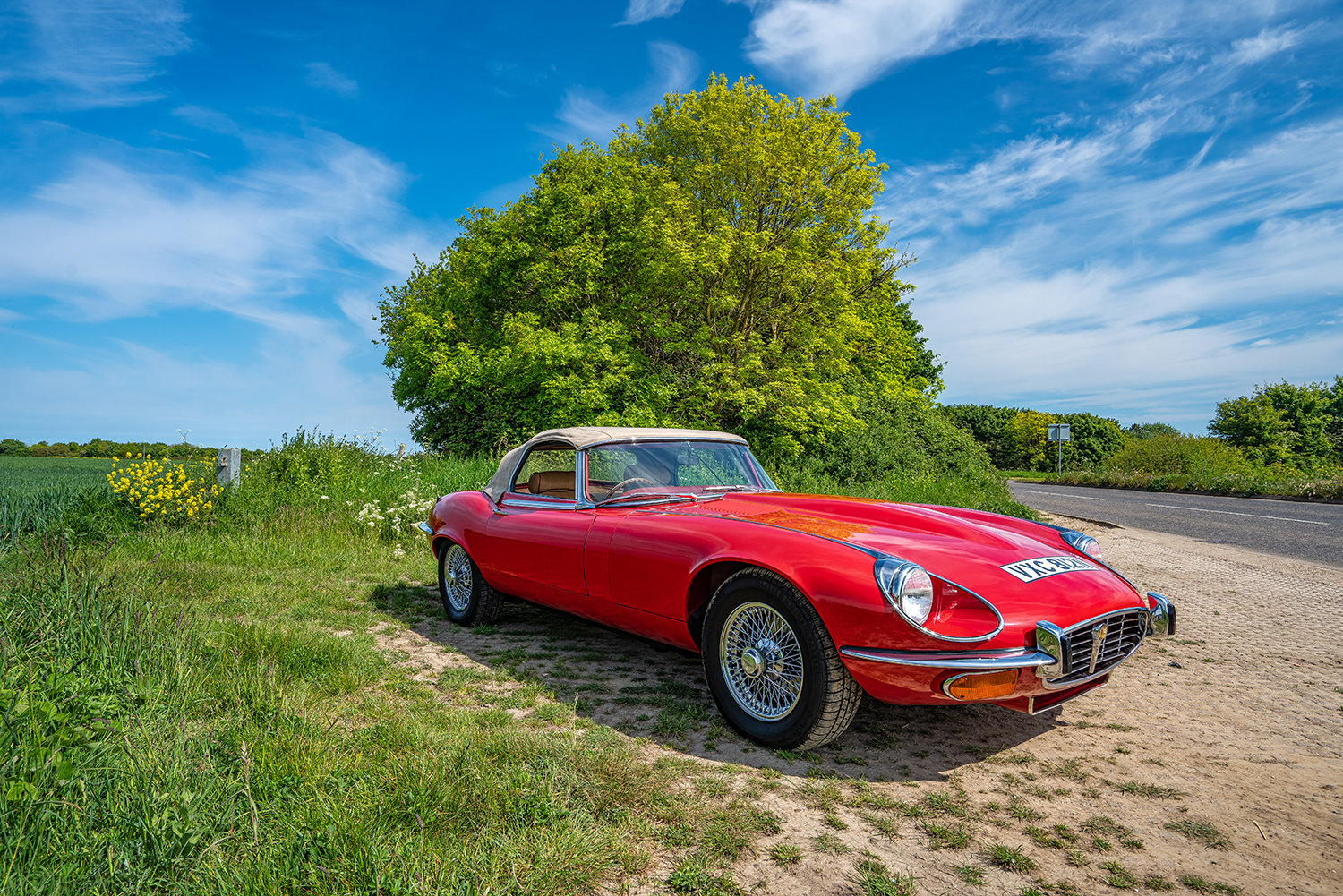 1974 JAGUAR E-TYPE SERIES 3 V12 ROADSTER // Lovely Condition // For Sale (picture 3 of 6)