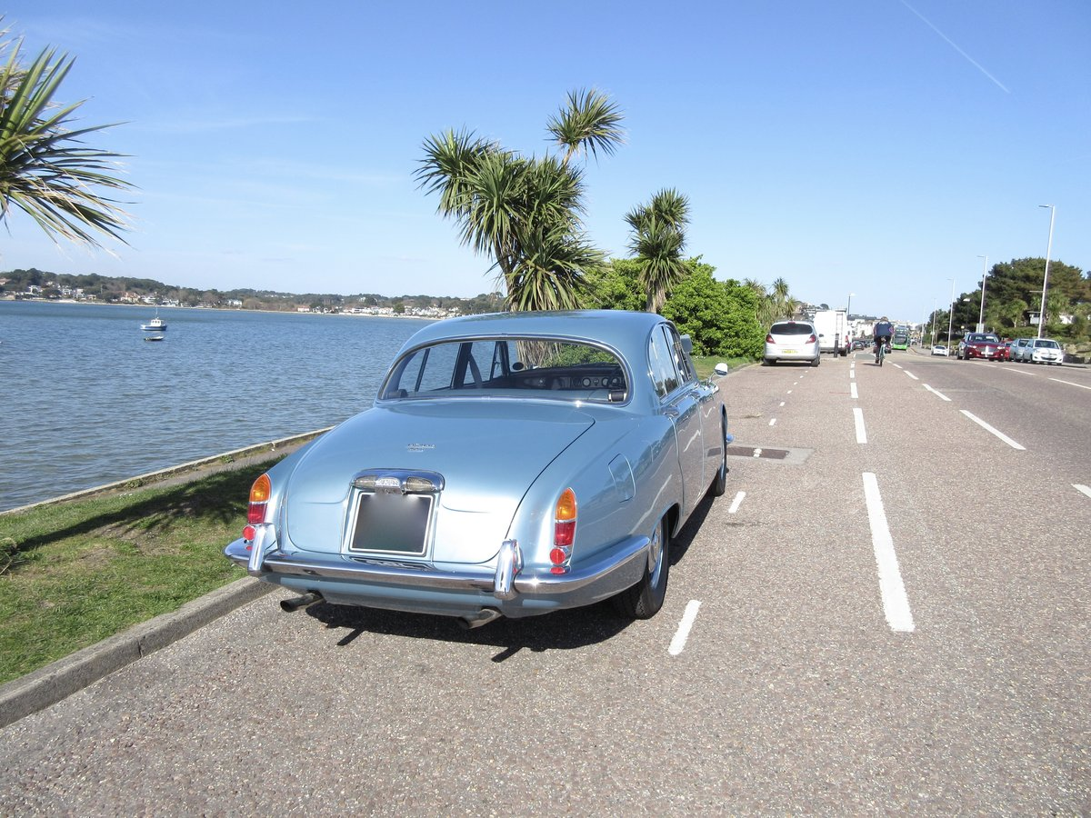 CLASSIC JAGUAR S TYPE, 1968 3.4L MANUAL WITH OD For Sale (picture 2 of 6)