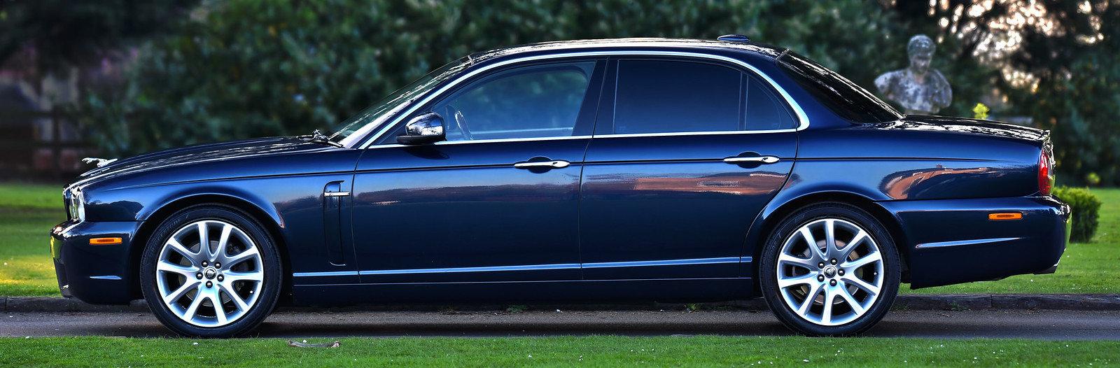 2008 Jaguar XJ8 Executive 4.2L For Sale (picture 3 of 6)