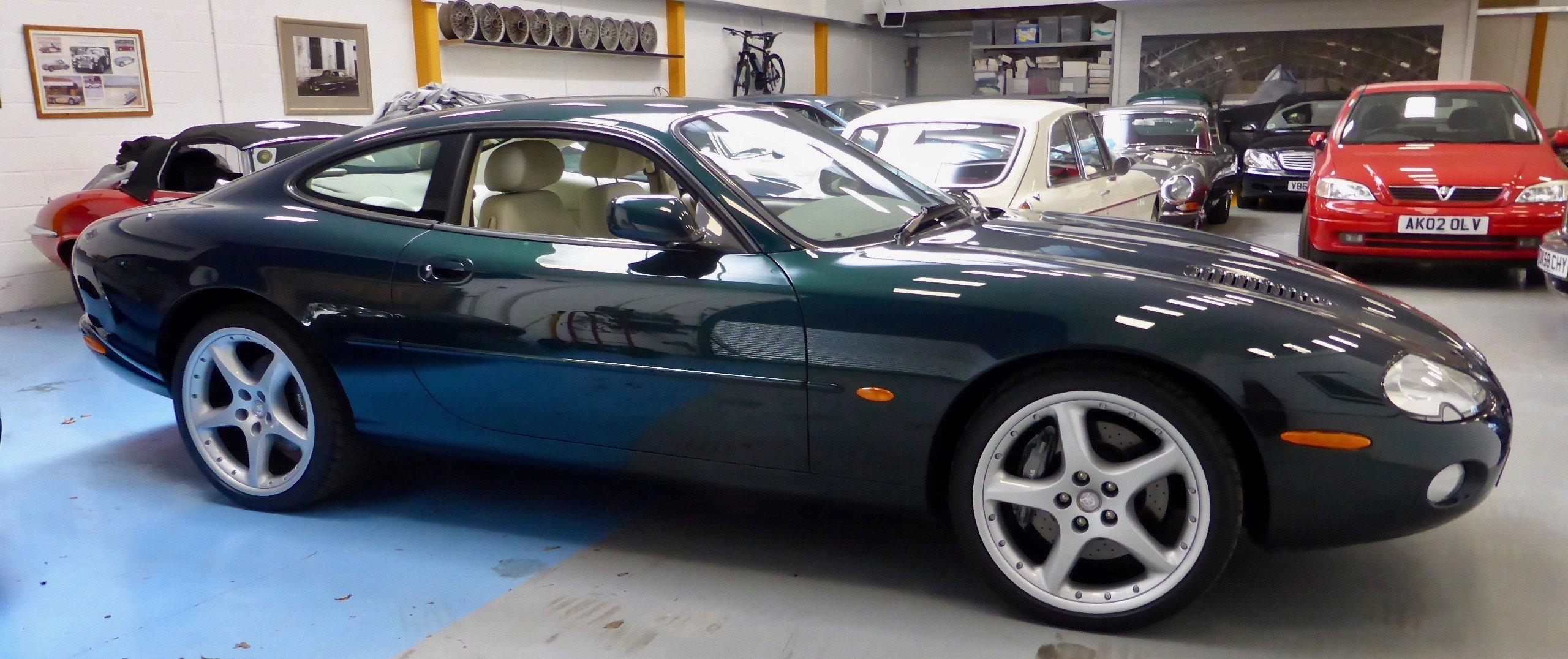 2001 Jaguar XKR 2dr Auto Sports Coupe For Sale (picture 2 of 5)