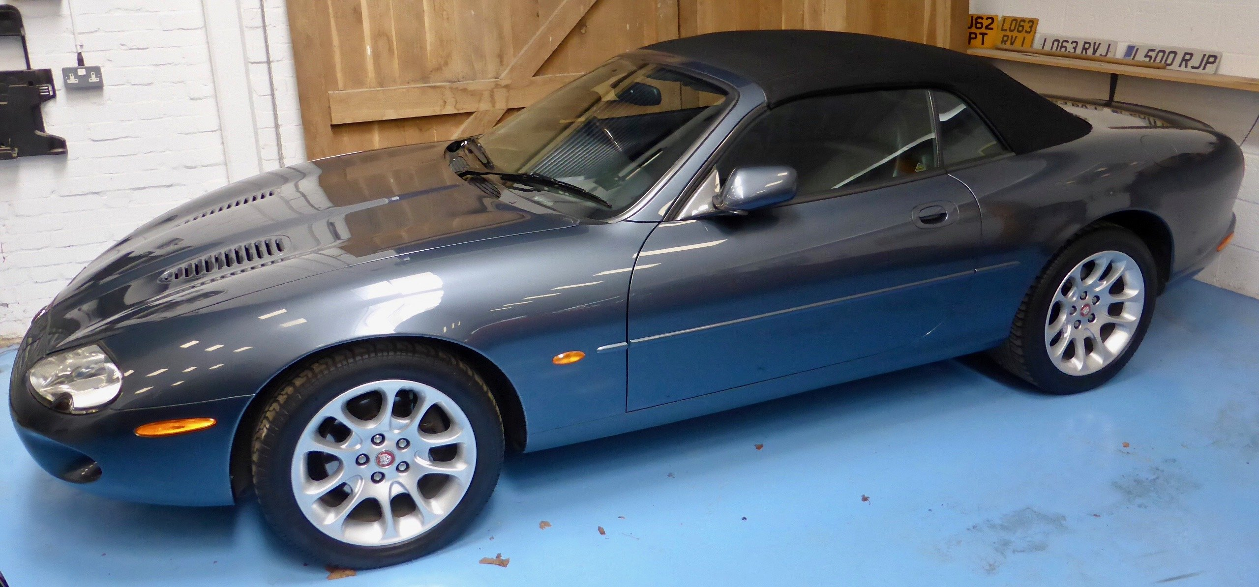 1999 Jaguar XKR 2dr Auto Sports Convertible SOLD (picture 1 of 5)