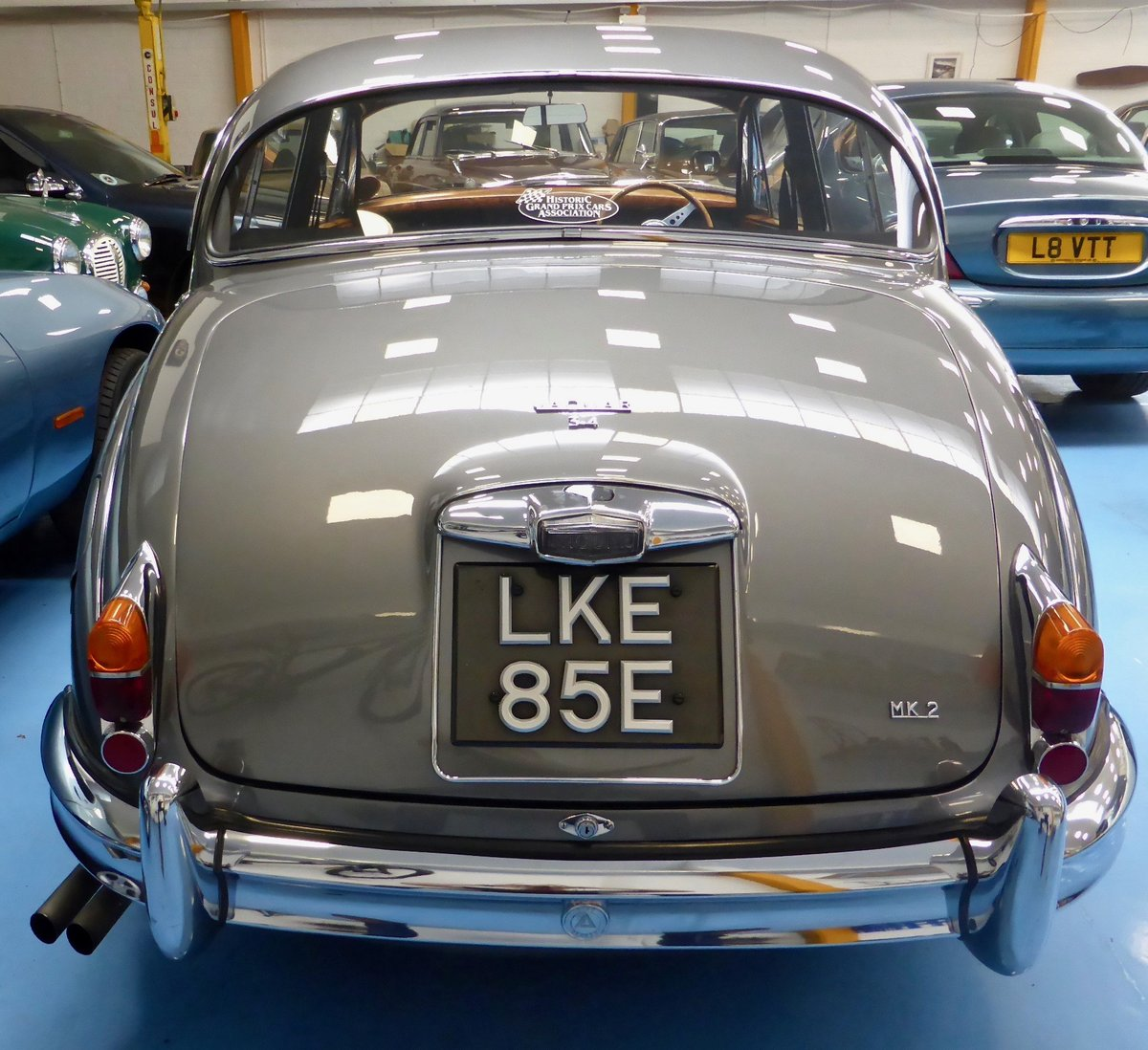 1967 Jaguar Mk II 3.4 Manual SOLD (picture 4 of 6)
