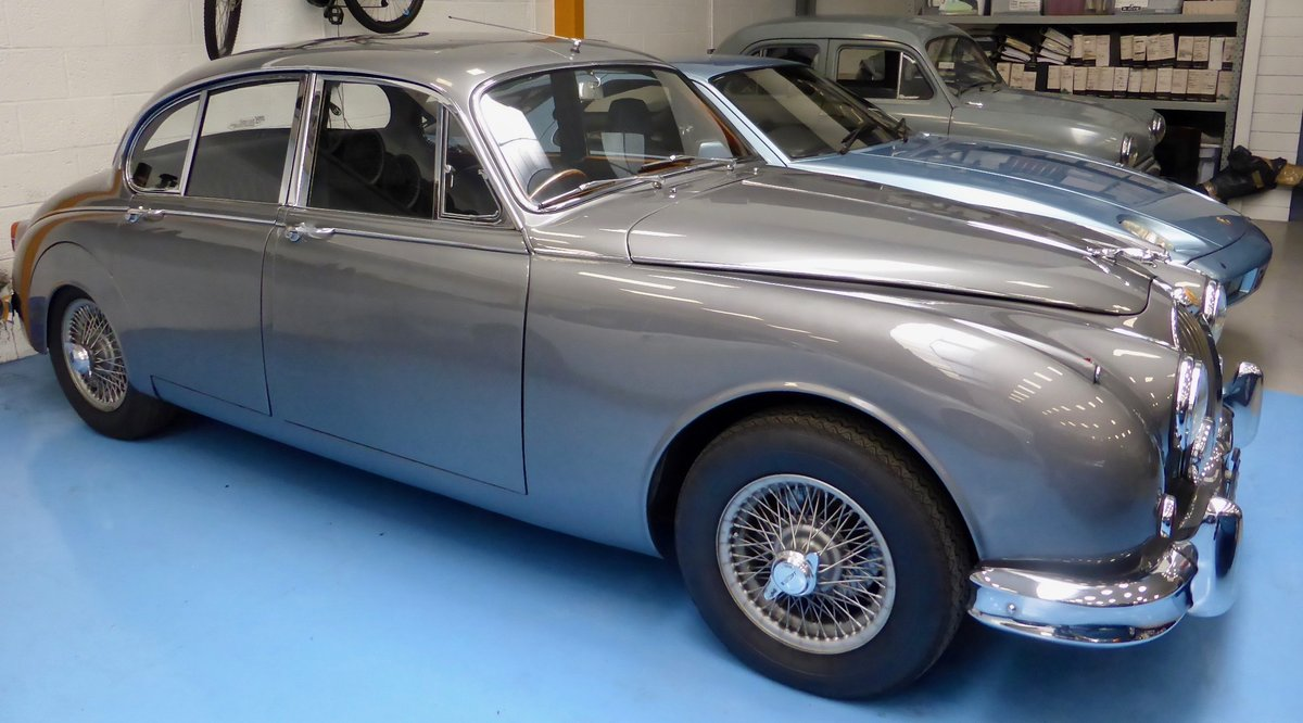 1967 Jaguar Mk II 3.4 Manual SOLD (picture 2 of 6)