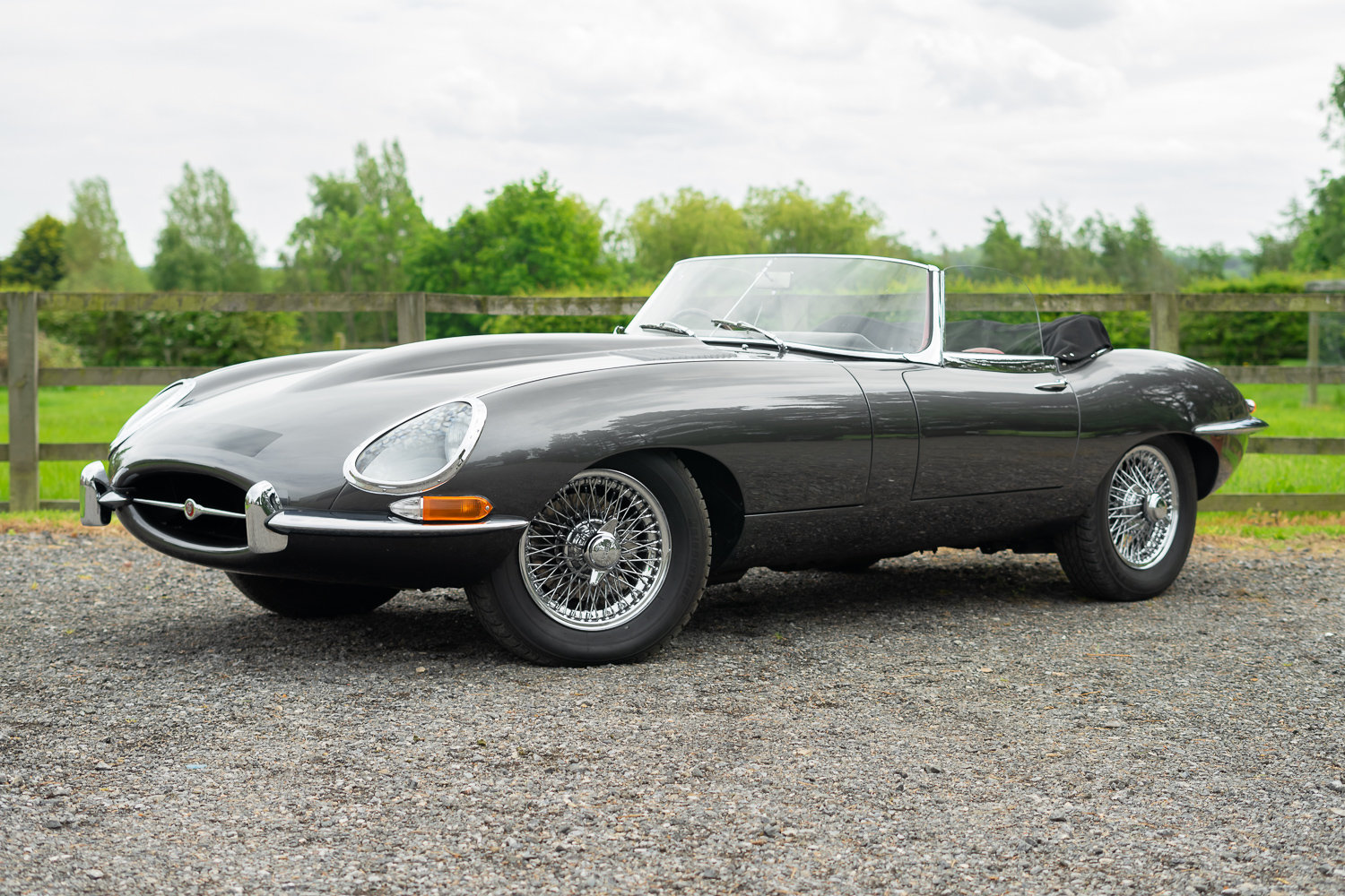 1962 Jaguar E-Type Series One 3.8 Roadster **SOLD** For Sale (picture 1 of 6)