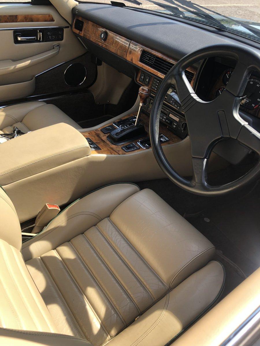 1992 Jaguar XJR-S Beautiful rare For Sale (picture 2 of 6)