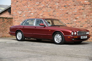 1995 STUNNING JAGUAR XJ 4.0 SOVEREIGN, 88K, HUGE SH For Sale