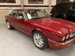 2002 Jaguar XJ8 AUTO  For Sale