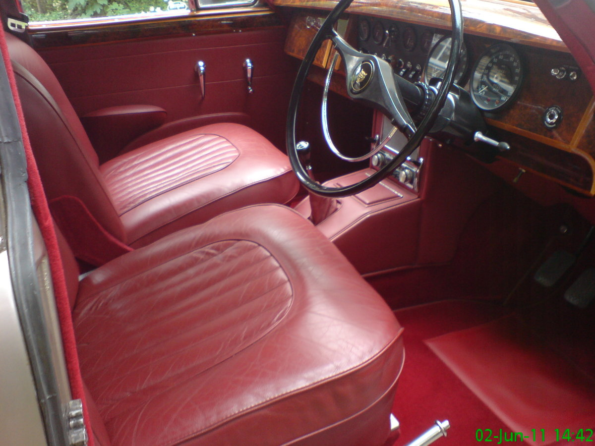 1965 Fully restored genuine 2 owner JaguarMk2 + history SOLD (picture 4 of 5)