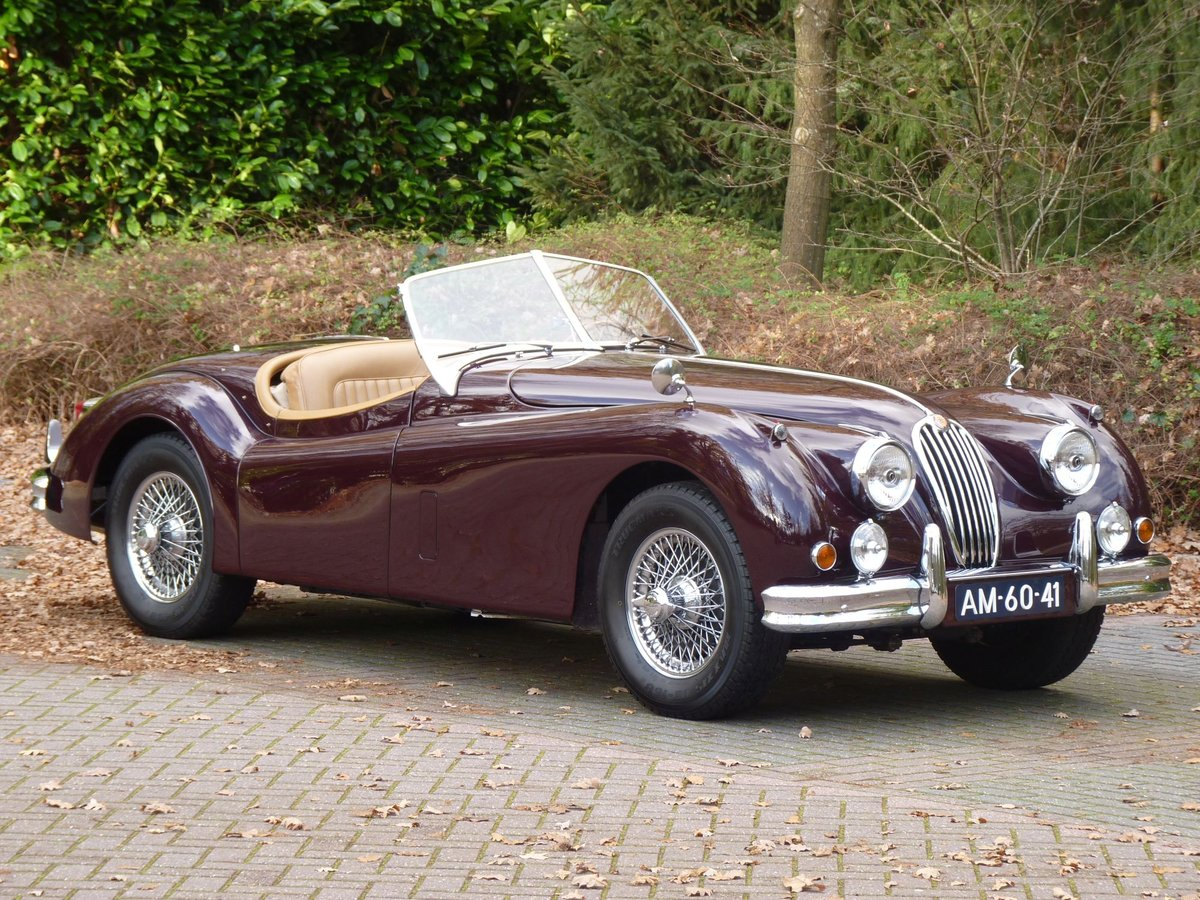 1956 Beautiful restored Jaguar XK140 OTS For Sale (picture 2 of 6)
