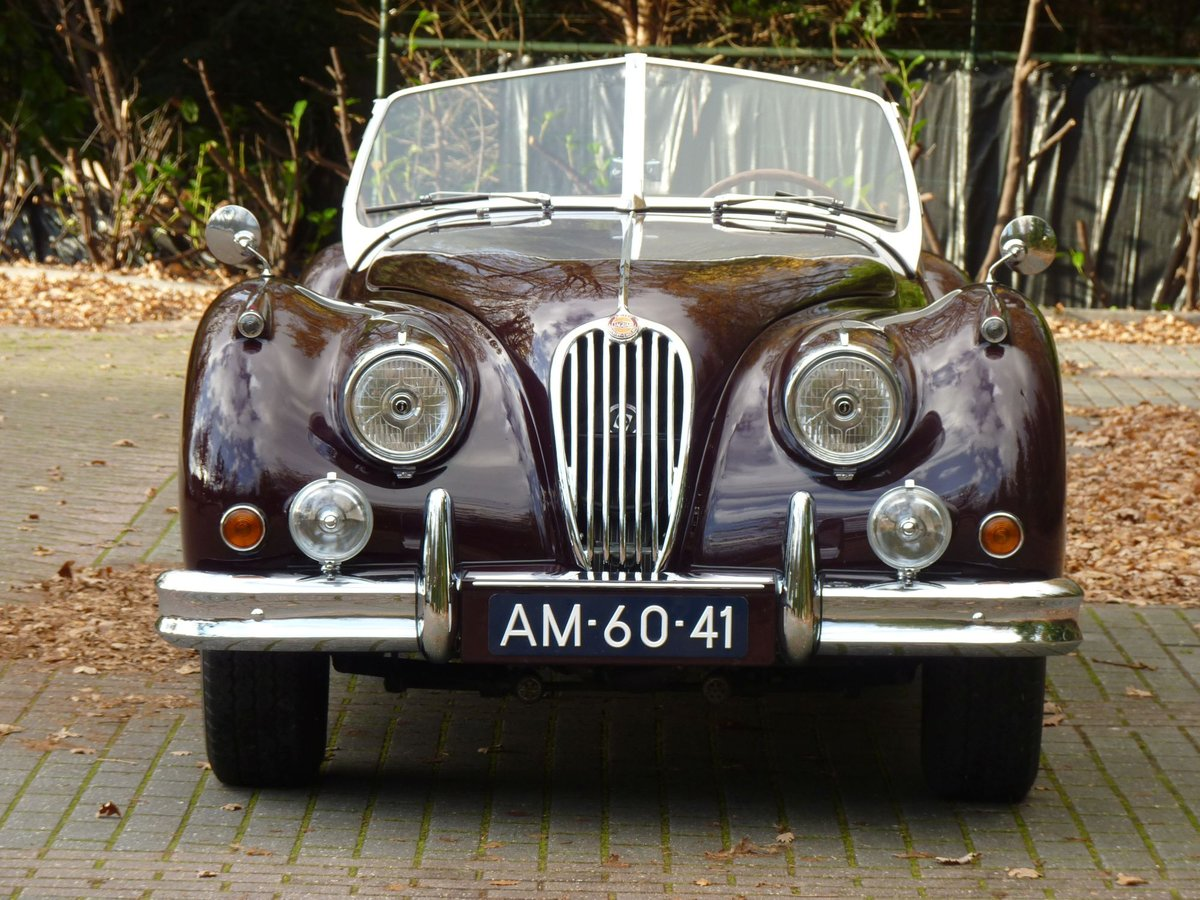 1956 Beautiful restored Jaguar XK140 OTS For Sale (picture 3 of 6)
