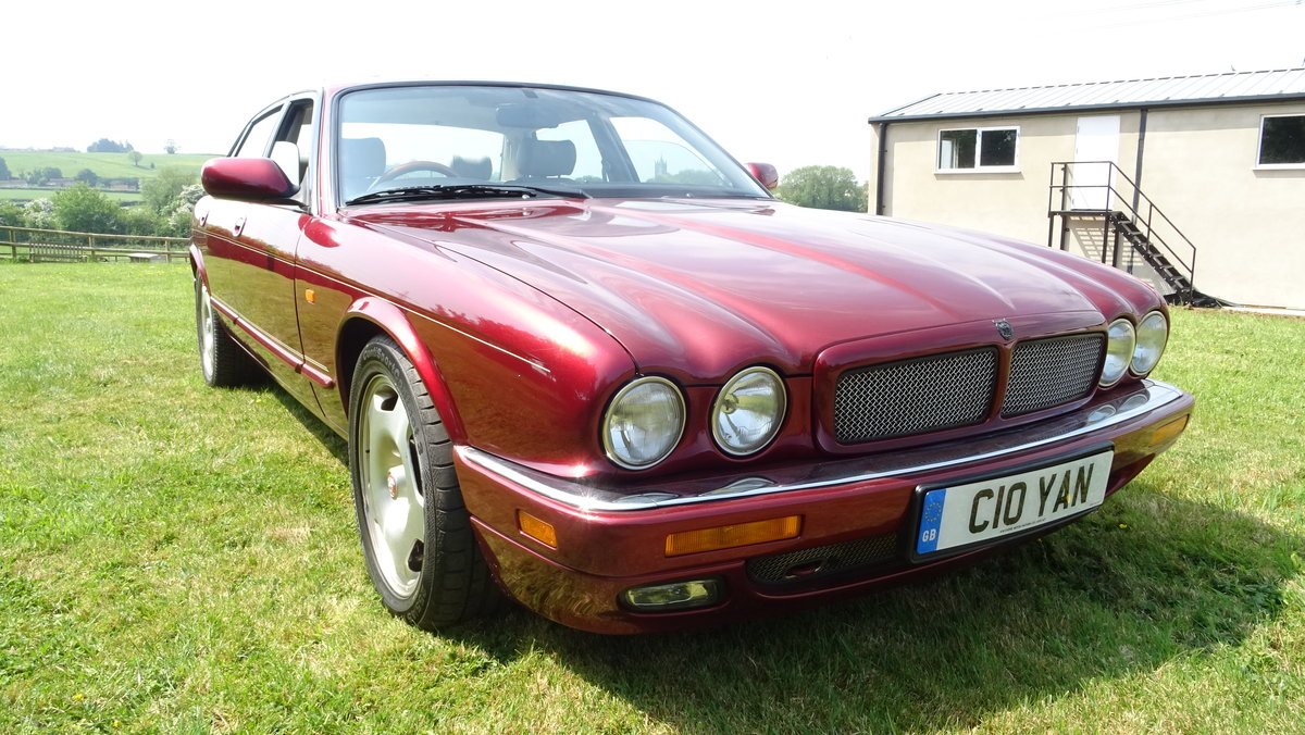 1997 Desirable XJR with less miles than most! For Sale (picture 1 of 6)