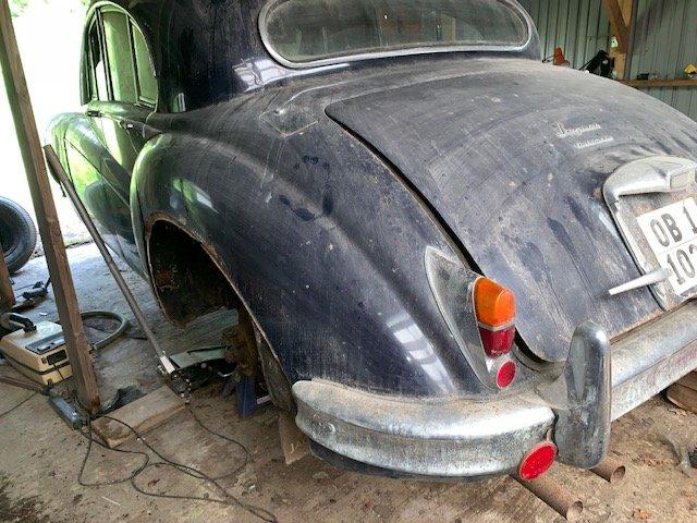 1960 Jaguar MK IX For Sale (picture 1 of 2)
