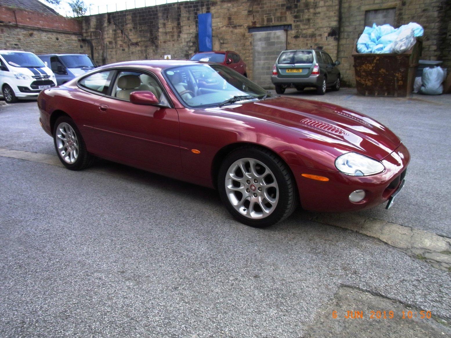 2002 Jaguar XKR 4.00 Litre Coupe For Sale (picture 2 of 6)