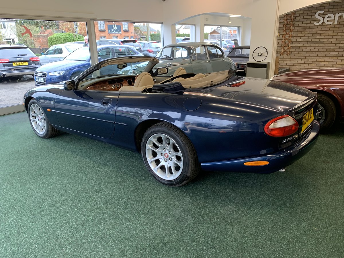 1999 Jaguar XKR – Supercharged – 370 BHP SOLD (picture 9 of 11)