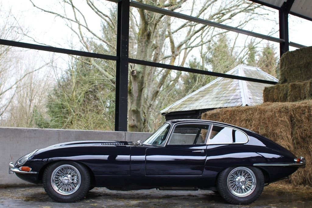 1966 Series 1 E-Type Jag 4.2 FHC For Sale (picture 1 of 6)