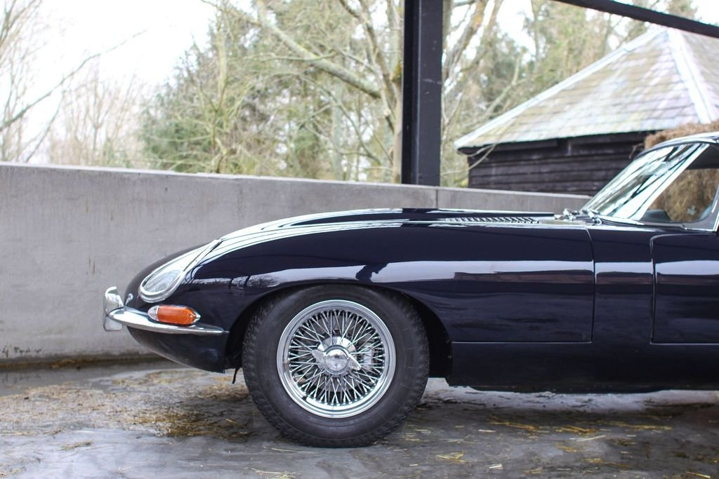 1966 Series 1 E-Type Jag 4.2 FHC For Sale (picture 3 of 6)
