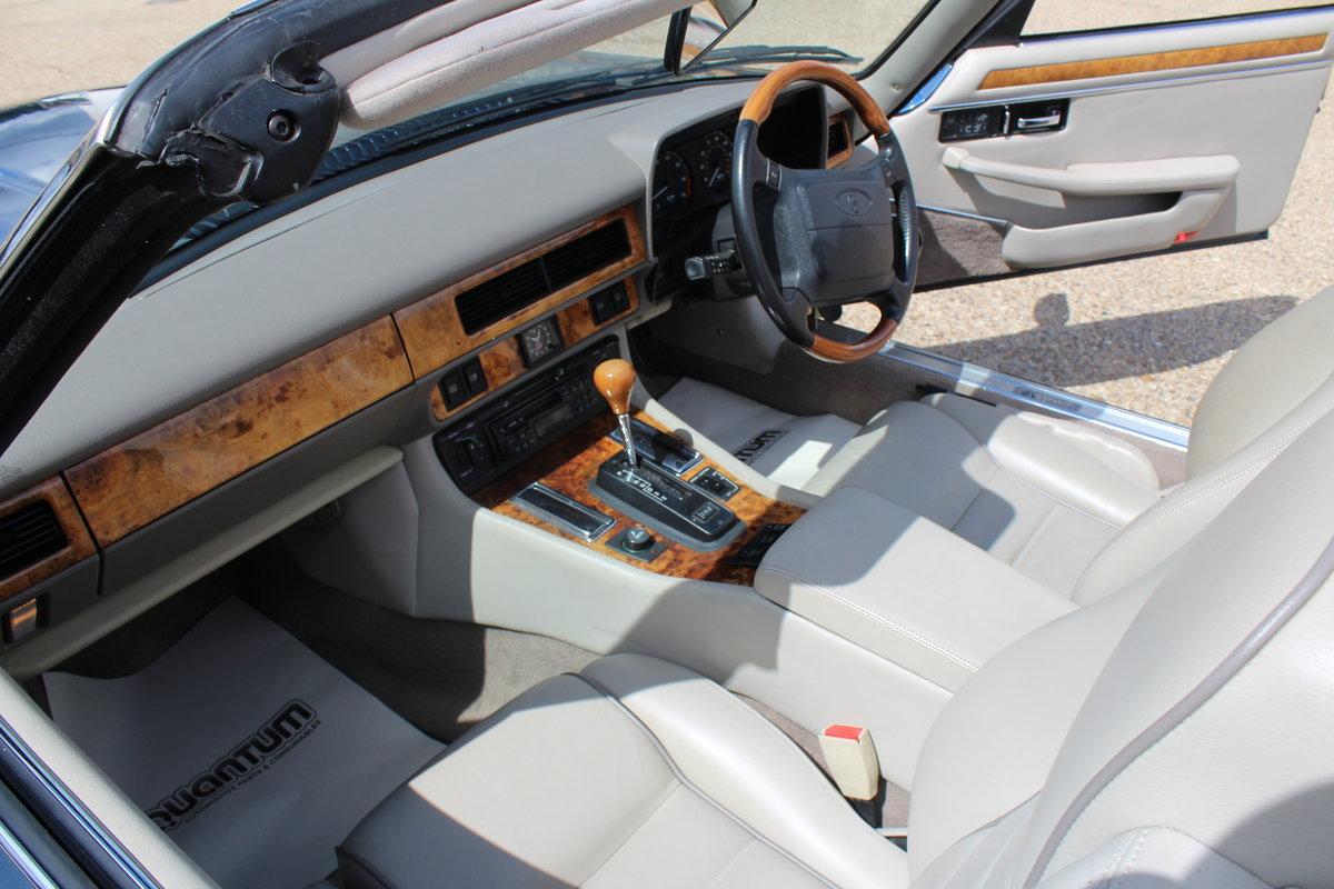 1995 Jaguar XJ6 1 former owner For Sale (picture 4 of 6)