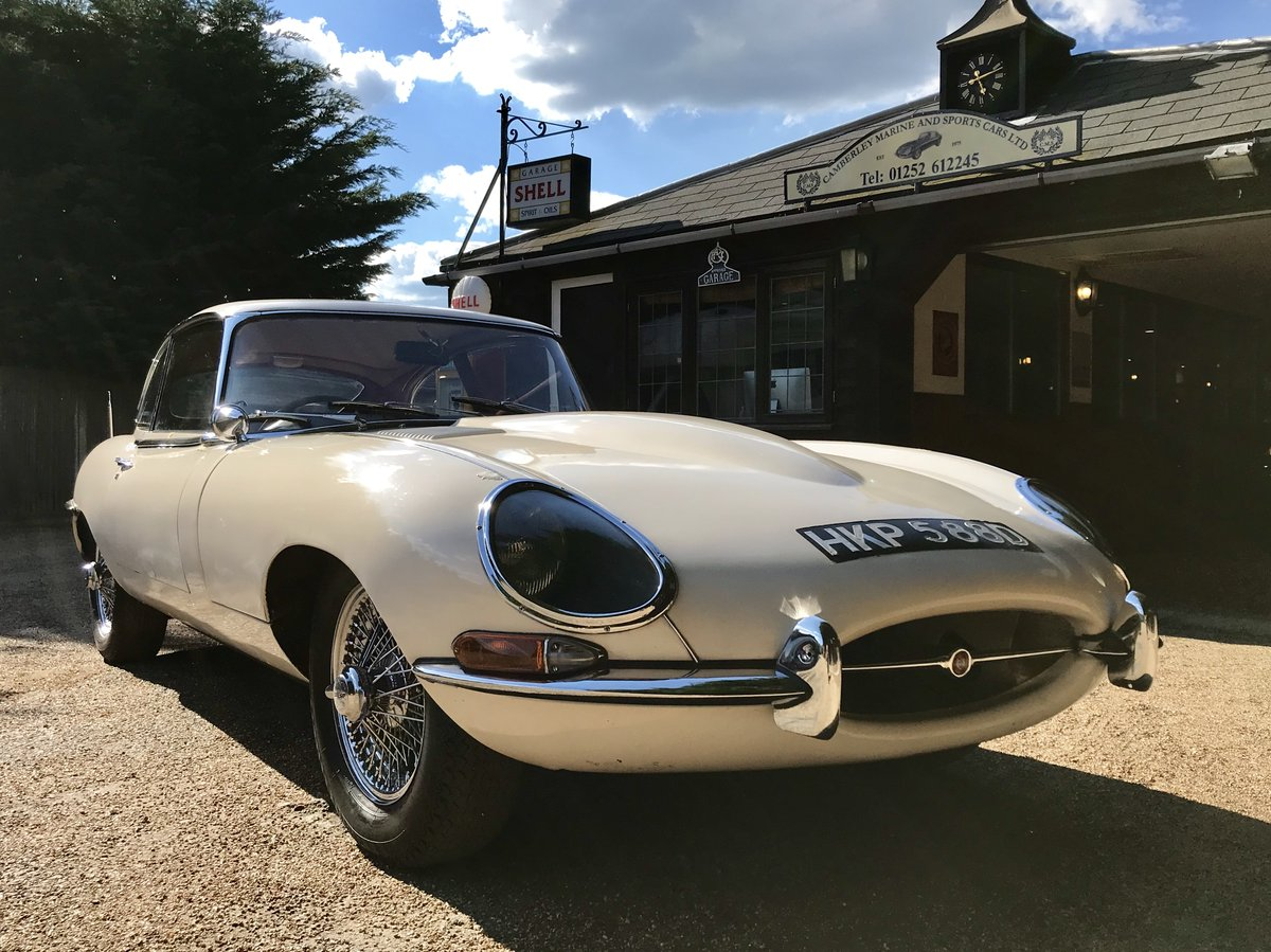 1966 JAGUAR E TYPE S1 4.2 FHC 2+2 AUTOMATIC For Sale (picture 1 of 6)