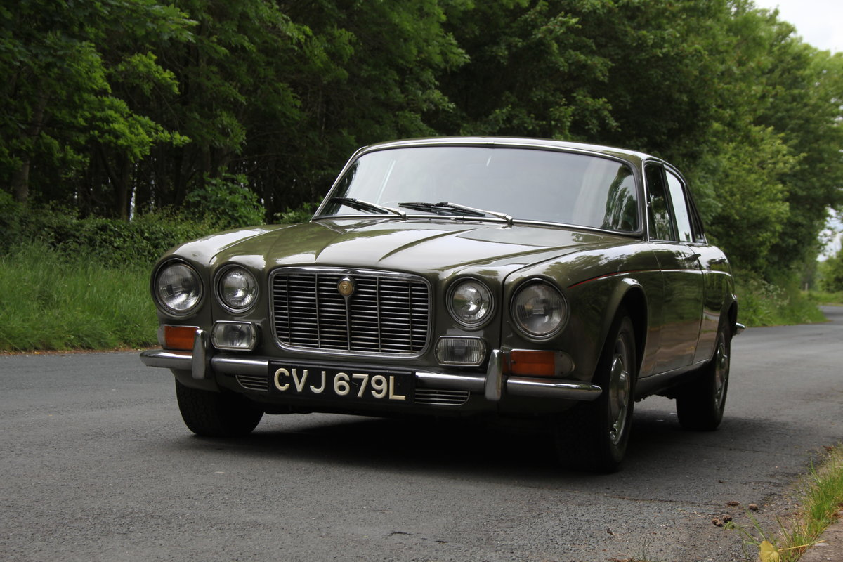 1973 Jaguar XJ6 Series I 4.2 Manual O/D For Sale (picture 3 of 12)