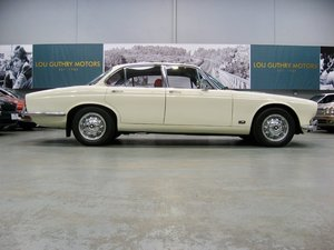 1971 Jaguar XJ6 S1 4.2L Manual Overdrive For Sale