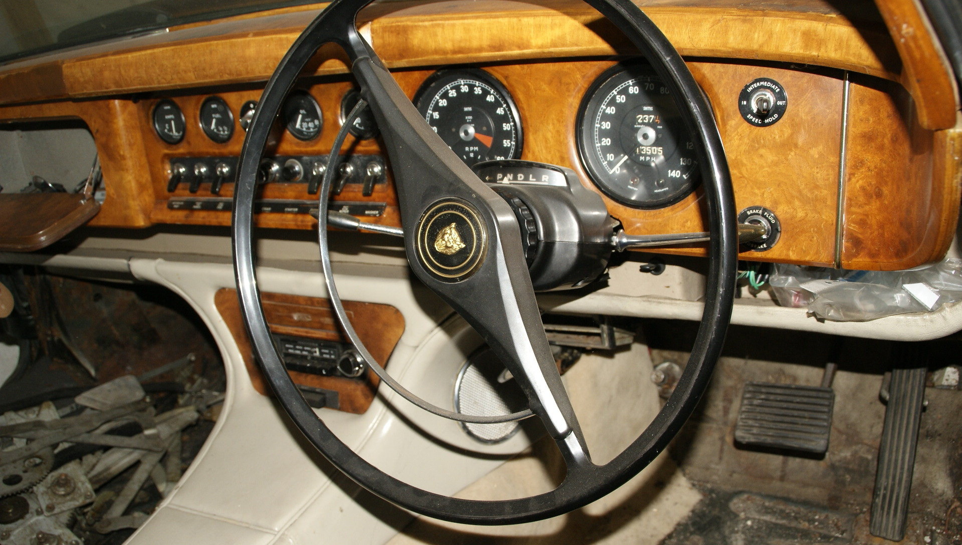 1962 Barn find, locked away many years. History, Mk 10 not a 420G For Sale (picture 2 of 6)