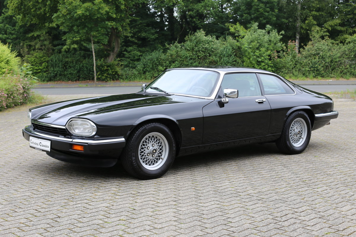 Rare European (German) specification 1992 facelift Jaguar XJ SOLD (picture 2 of 6)