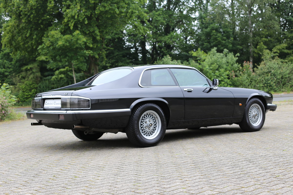 Rare European (German) specification 1992 facelift Jaguar XJ SOLD (picture 5 of 6)
