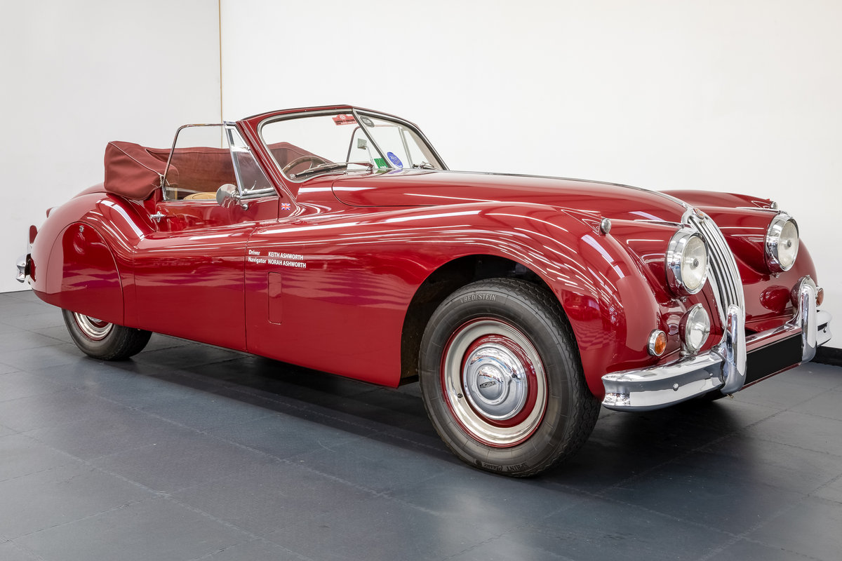 Jaguar XK140 drophead 1955 For Sale (picture 1 of 6)