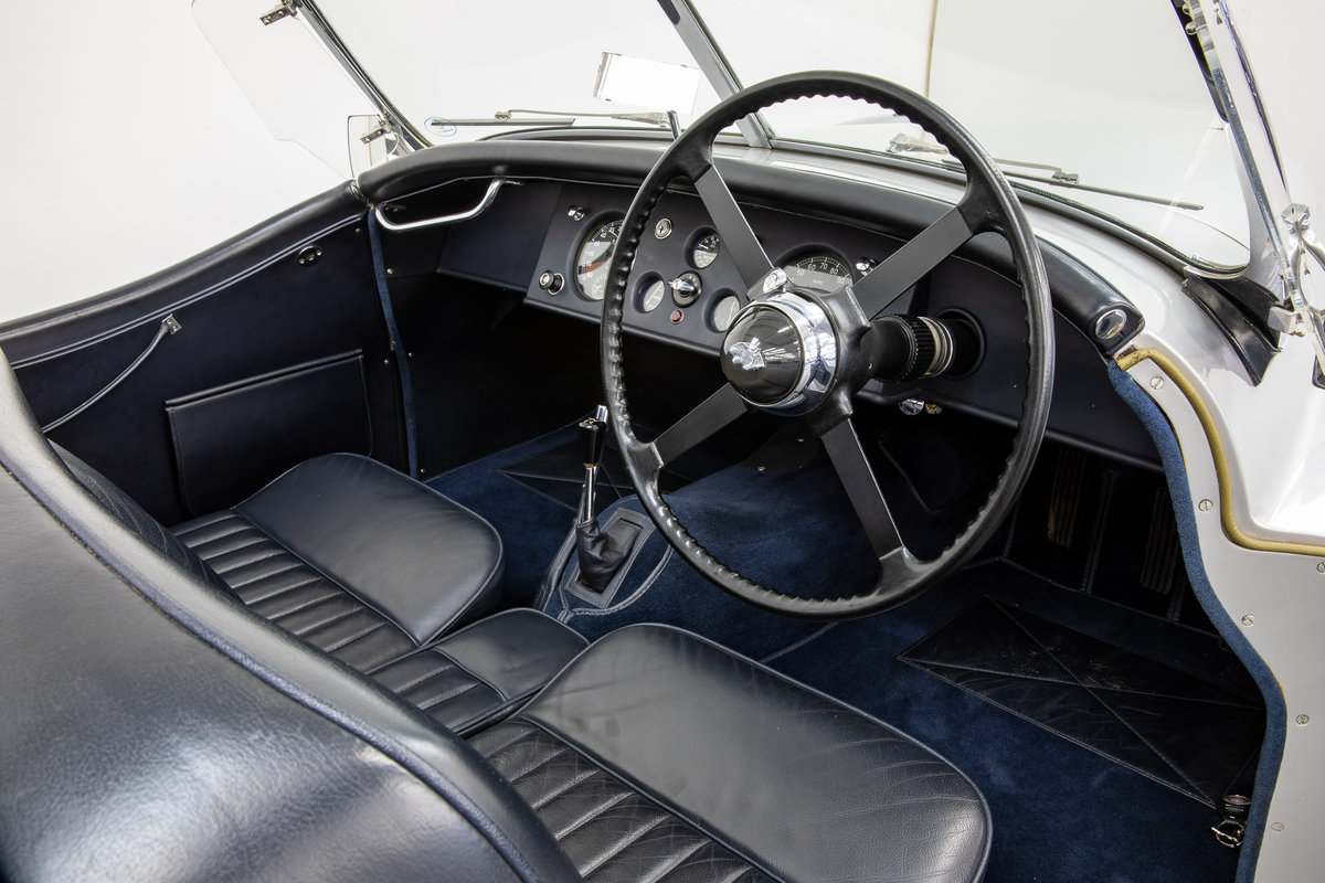 Jaguar XK120 Roadster Alloy Body 1949 For Sale (picture 5 of 6)