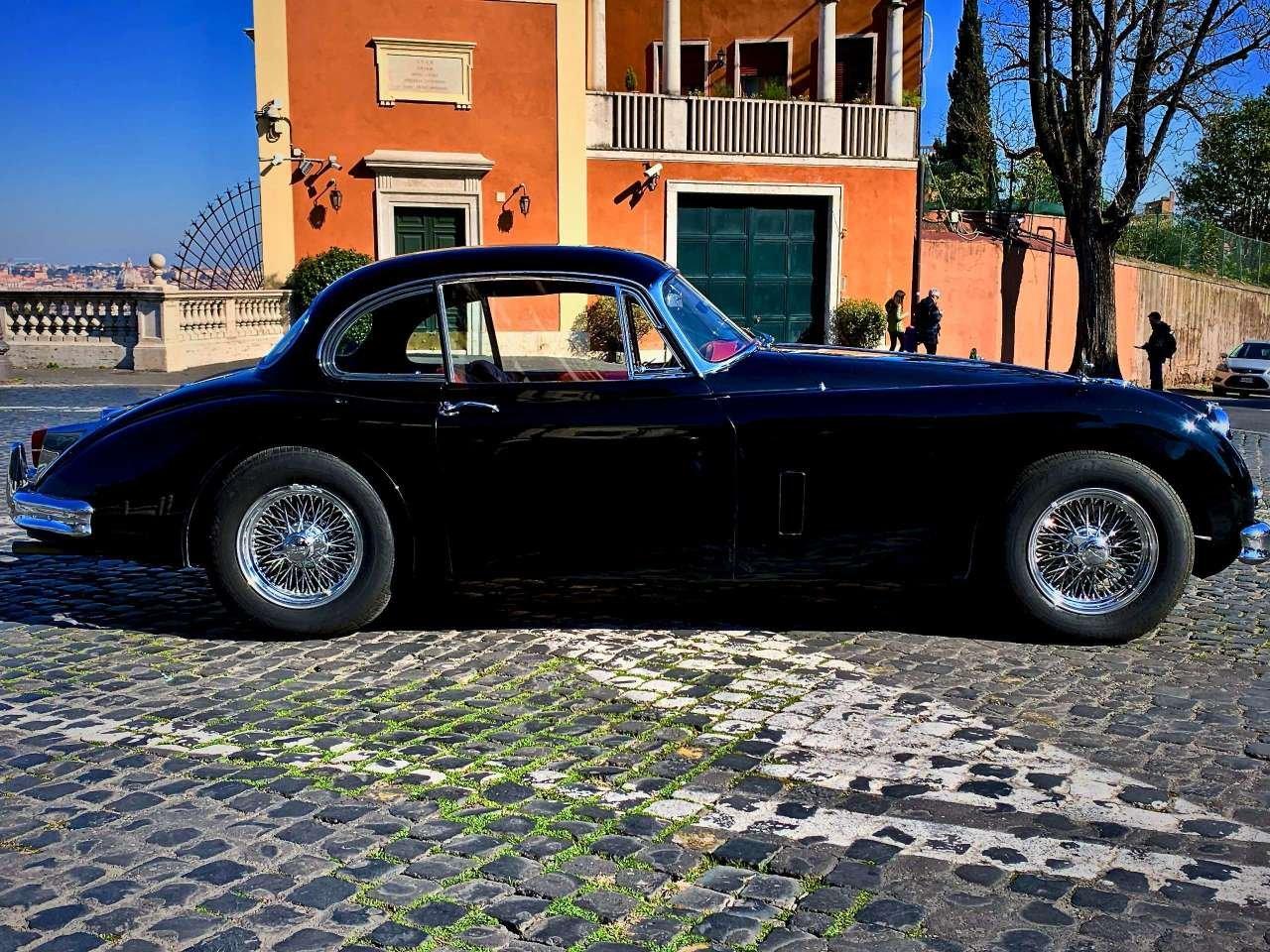 1961  jaguar xk xk 150 f.h.c. For Sale (picture 3 of 6)