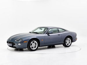 2004 JAGUAR XK8 For Sale by Auction