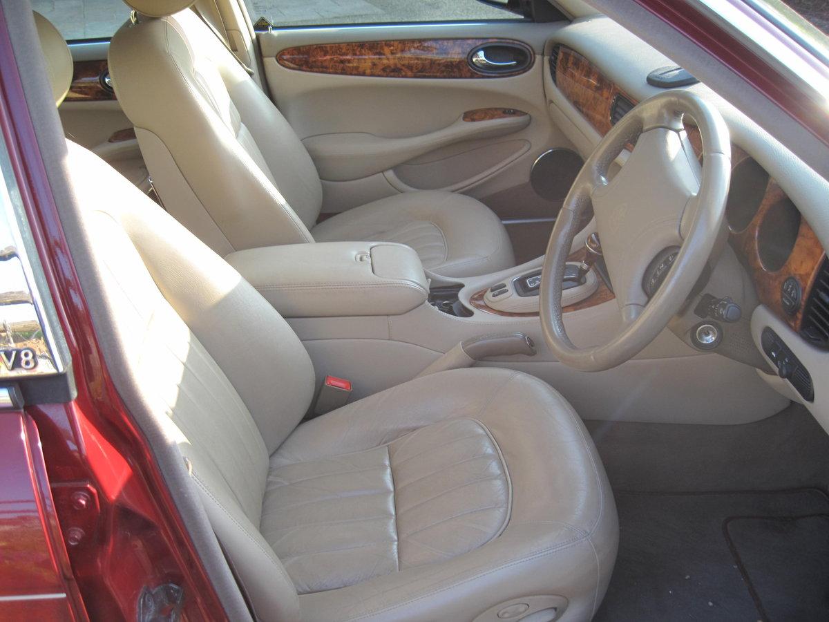 1999 Jaguar Sovereign SWB 4.0 litre V8  XJ8. For Sale (picture 3 of 6)