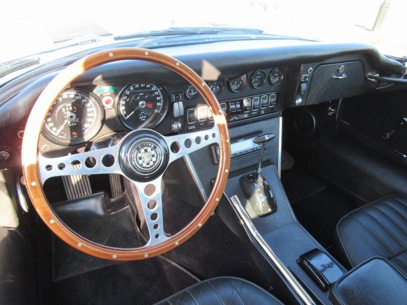 Jaguar E-type V12 2+2 LHD 1971 For Sale (picture 5 of 6)