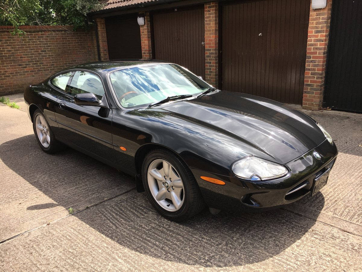 Jaguar XK8 1997 4.0 V8 with only 22064 miles from new!  For Sale (picture 1 of 6)