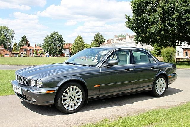 2004 Jaguar XJ6 3.0 SE (Only 50,000 Miles) For Sale (picture 1 of 6)