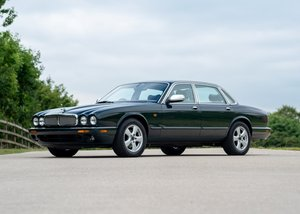 2003 Jaguar XJ8 Executive For Sale by Auction