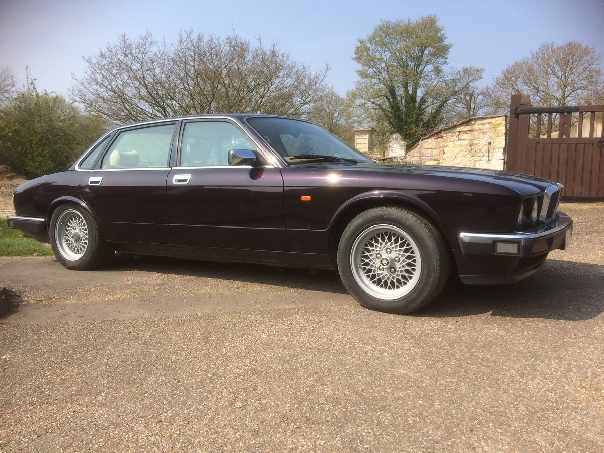 1994 Jaguar XJ12 (XJ81) For Sale (picture 1 of 6)