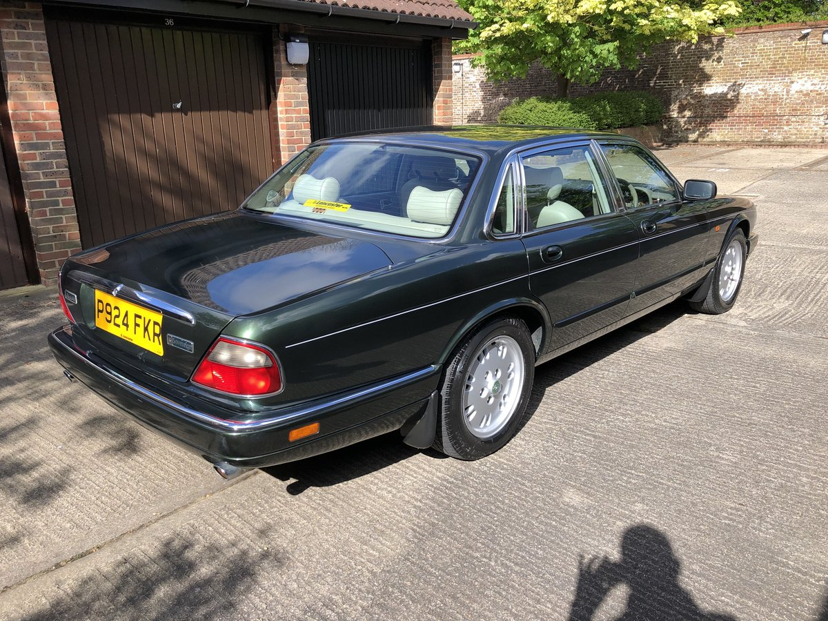1997 Jaguar Sovereign 4.0 SWB Sunroof 69k 1 owner for 13 years  For Sale (picture 2 of 6)