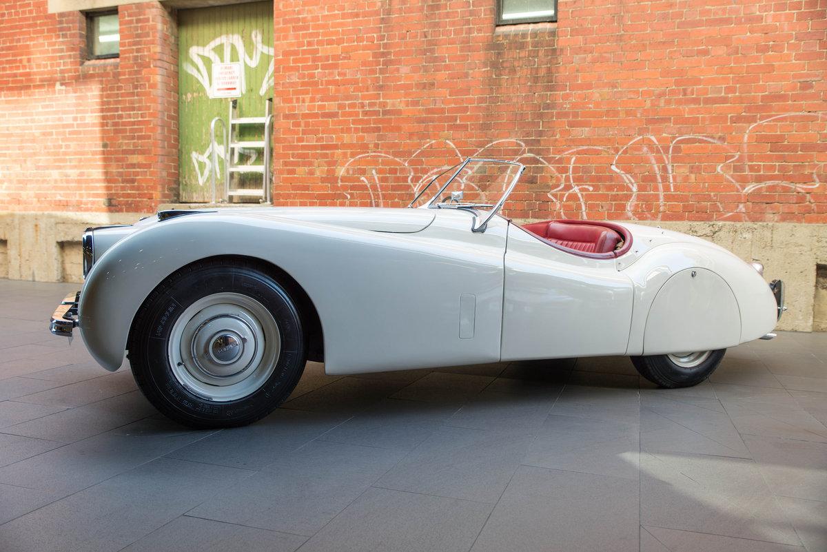 1951 Jaguar XK120 For Sale (picture 3 of 6)