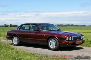 1998 Jaguar XJ8 Executive preserved in good condition For Sale