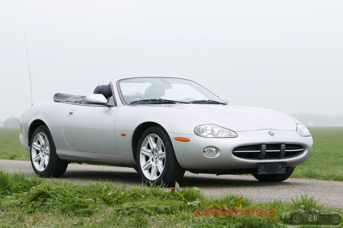 2004 Jaguar XK8 4.2 Convertible in very good condition For Sale (picture 1 of 6)