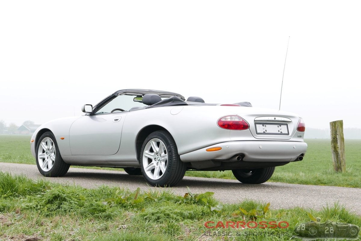 2004 Jaguar XK8 4.2 Convertible in very good condition For Sale (picture 2 of 6)