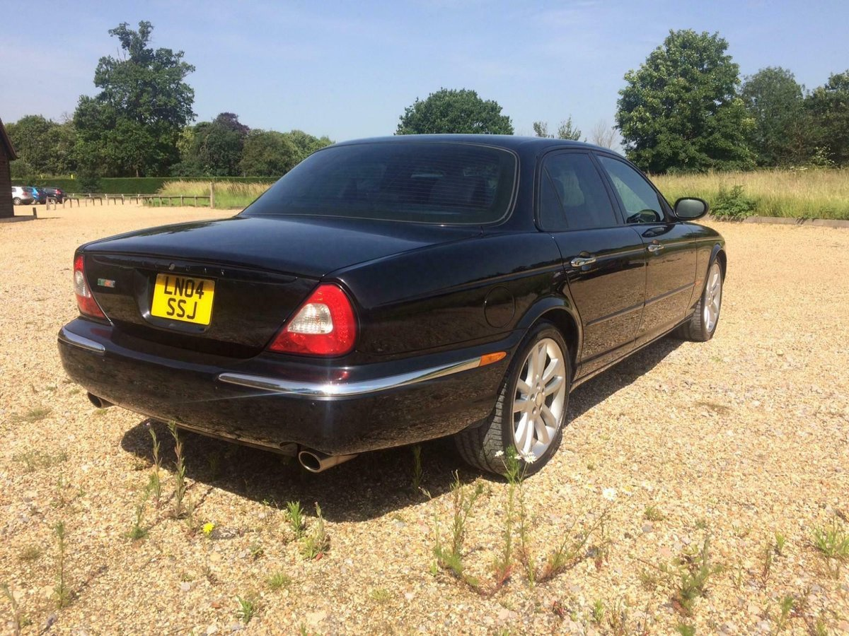 2004 Jaguar XJR 4.2 Auto Supercharged. 52k Miles Fsh Immacul For Sale (picture 4 of 6)