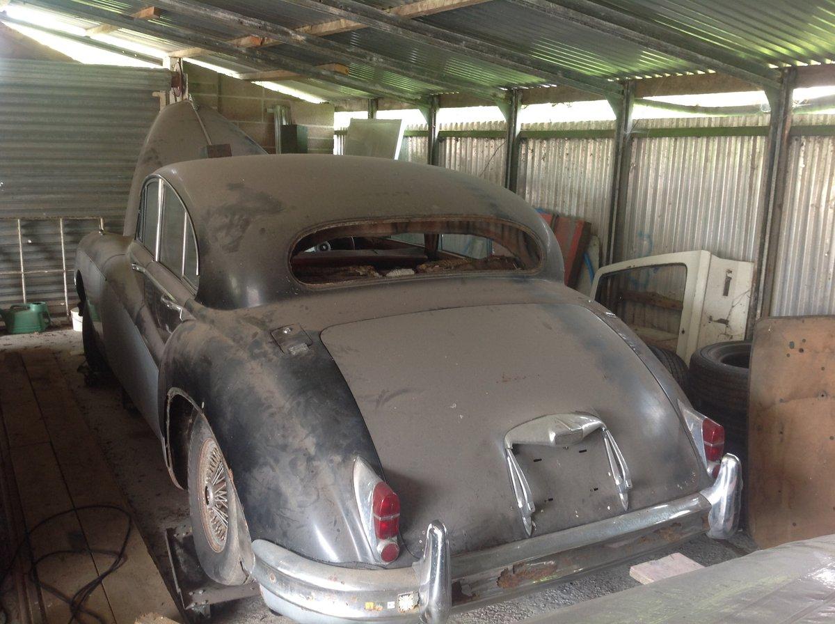 1960 Jaguar mk9 for easy restoration For Sale (picture 1 of 6)