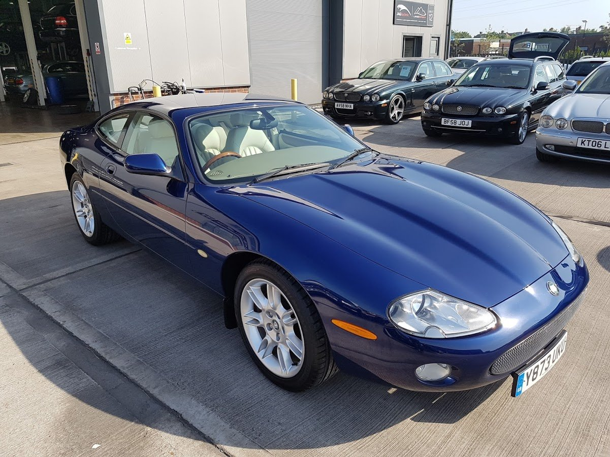 XK8 Coupe 2001 For Sale (picture 1 of 5)