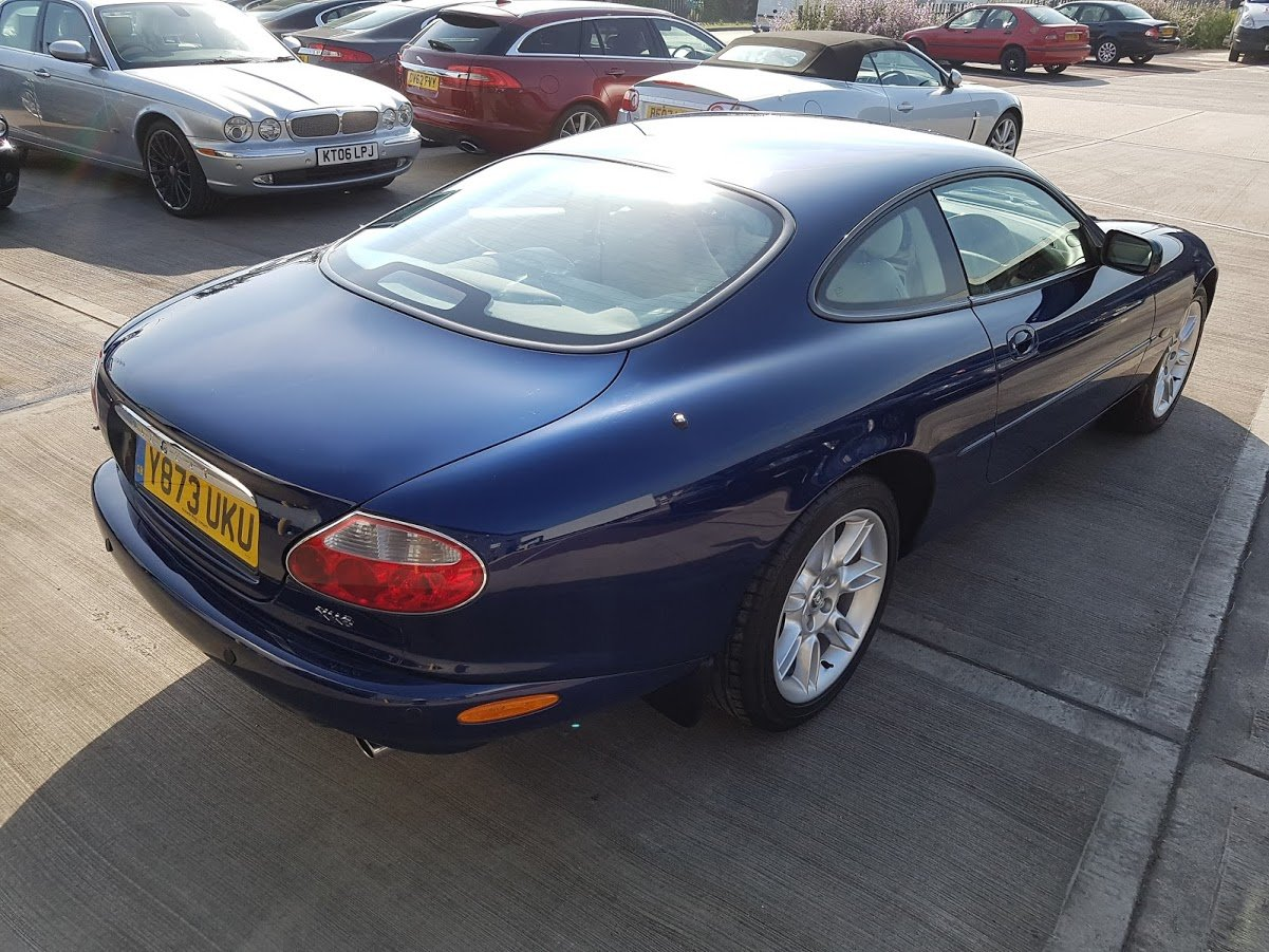XK8 Coupe 2001 For Sale (picture 3 of 5)