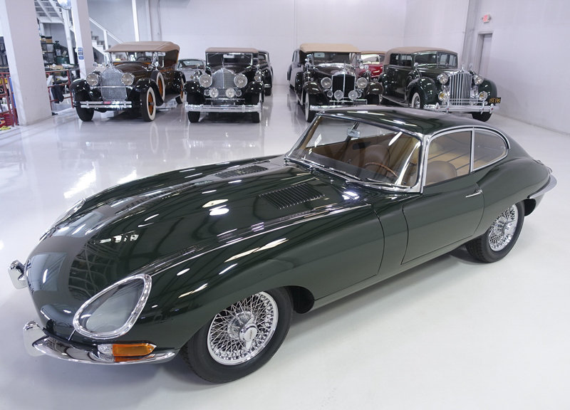 """1961 Jaguar E-Type Series 1 """"Flat Floor"""" Fixed Head Coupe For Sale (picture 2 of 6)"""