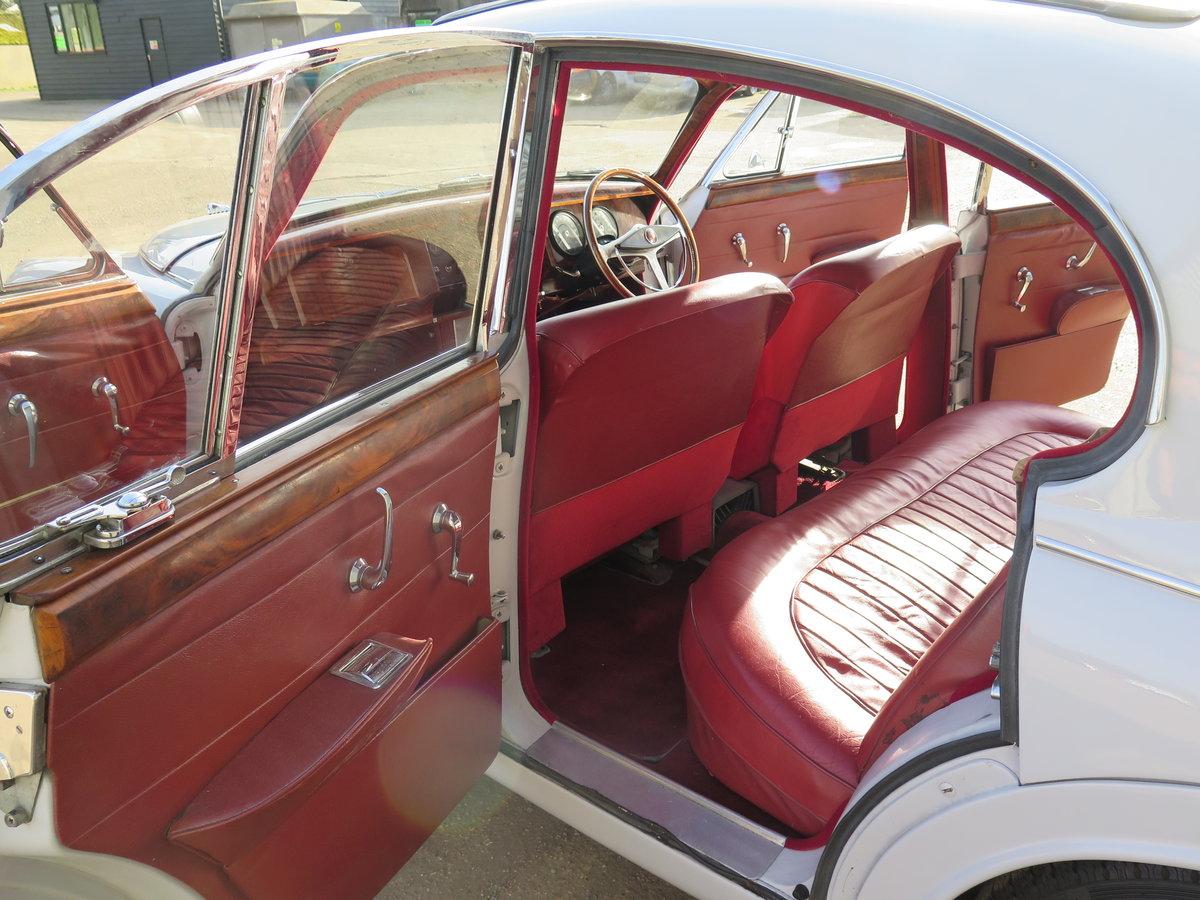 1963 Jaguar Mk2 3.4-Litre ManualOverdrive SOLD by Auction (picture 5 of 6)
