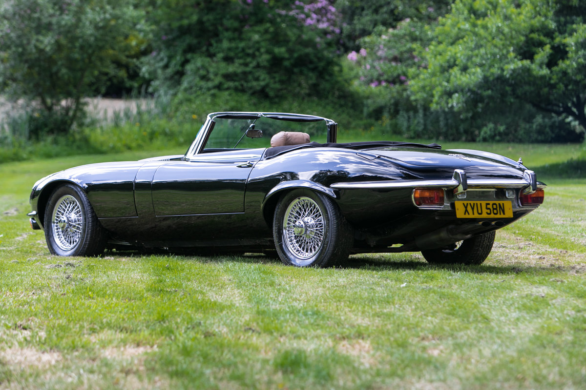 1974 Jaguar E-Type Series 3 V12 Commemorative Edition SOLD by Auction (picture 1 of 6)